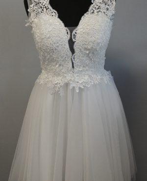 Šaty pro nevěsty na převlečení k prodeji